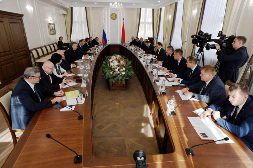 Ленобласть и Белоруссия намерены увеличить товарооборот